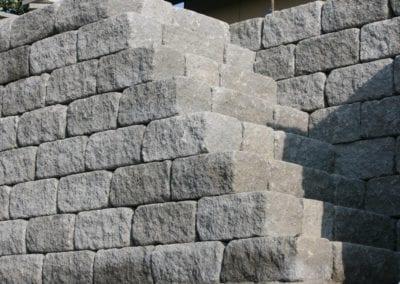 Santuro Weinbergmauer CreaBeton Maibach Gartenbau GmbH Safnern Meinisberg Biel Seeland